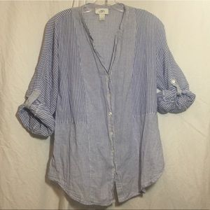 ANN TAYLOR OFT 🔵striped button front shirt